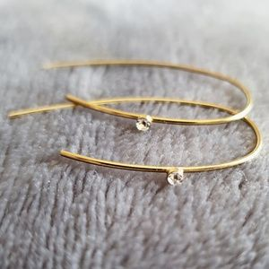 Minimalist Gold Toned Earrings with Single Stone